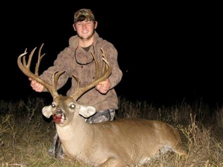 Whitetail Deer Hunts at Brett Ranch in Texas